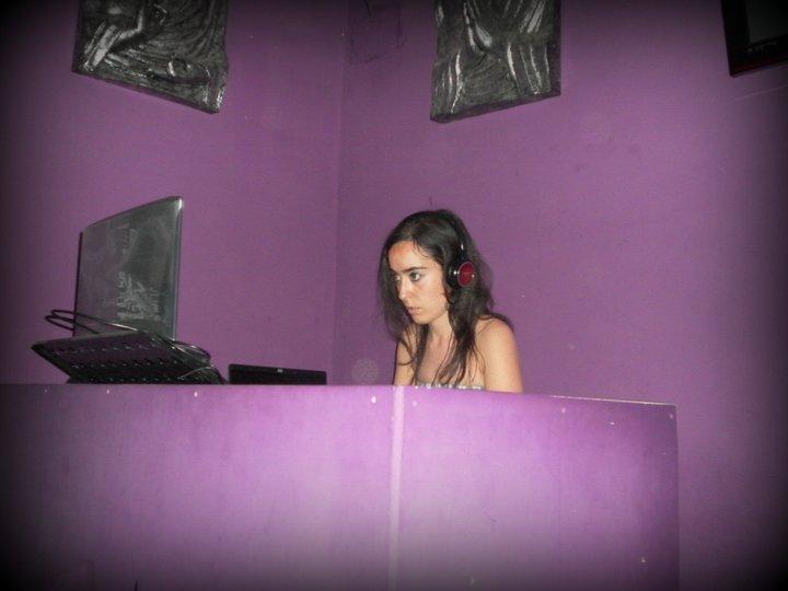 ÑIZ DJ-2