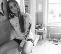 JASMINE THOMPSON – OLD FRIENDS JONAS BLUE REMIX