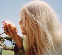 KESHA – LEARN TO LET GO