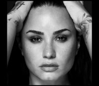 DEMI LOVATO – TELL ME YOU LOVE ME (SPANISH VERSION)